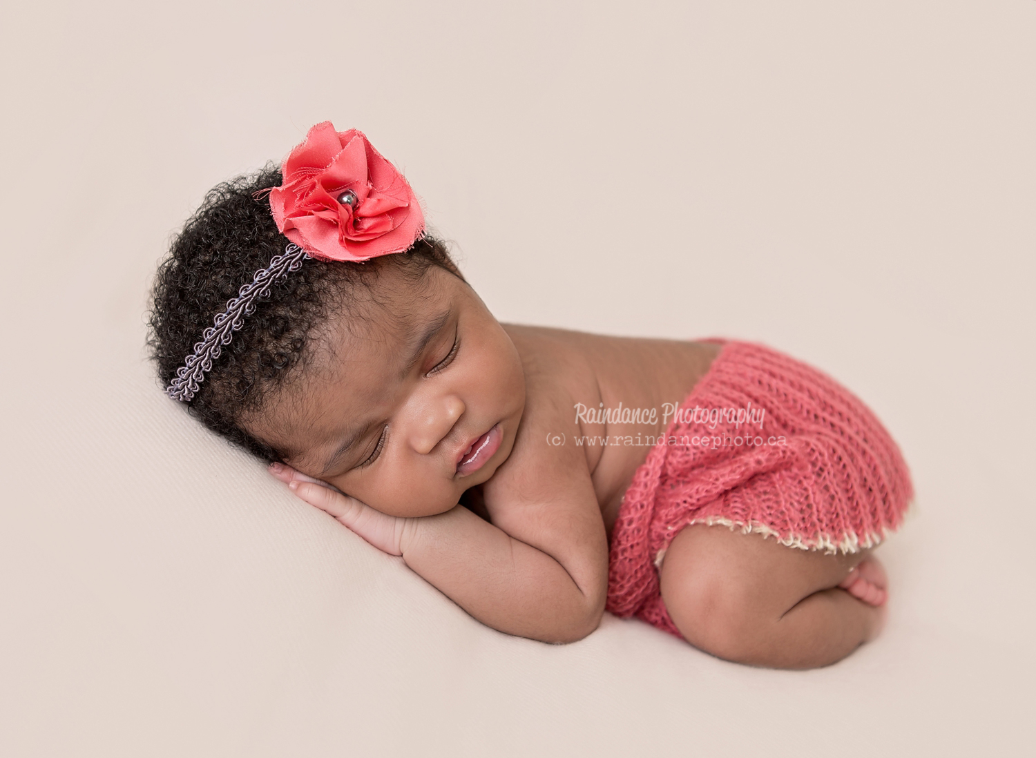 Amaris - Barrie Newborn Baby Photographer 12