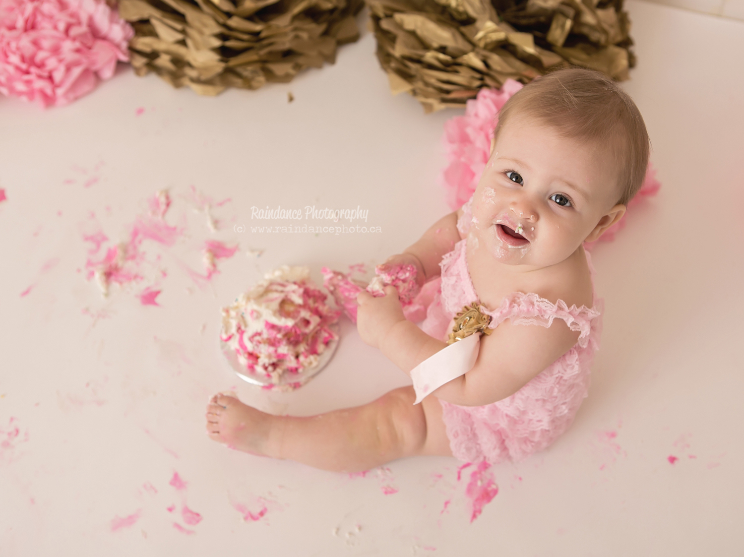 Scarlett - Barrie Cake Smash Photographer 10